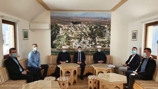 Radna posjeta Muftije mostarskog i direktora Vakufske direkcije našem Medžlisu